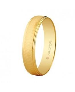 Alianza de boda en oro textura
