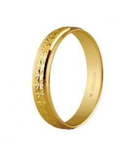 Alianza de boda oro facetado